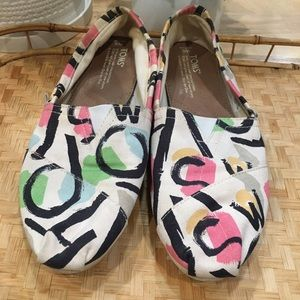 Pink green retro TOMS loafers size 9